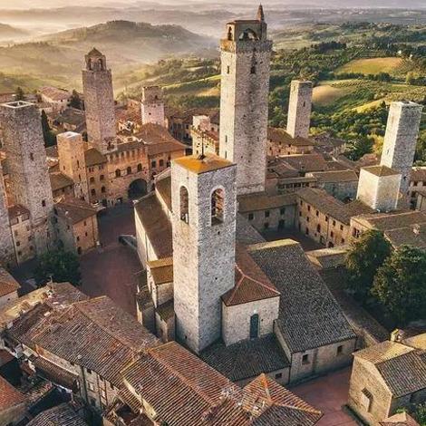待到云开月明之时,去这些意大利小镇畅游如何?
